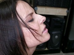 milf reachable for a cumshot chiefly her face