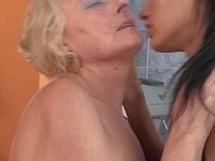 Hawt hottie fisting a elder statesman lesbo