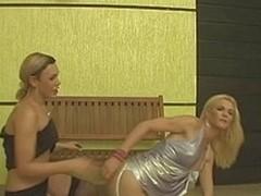 Alexia&Samara sex-crazed shemales in action