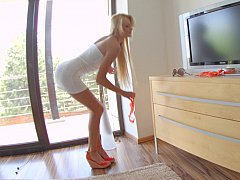 Distress legged blondie Ivana Sugar posing