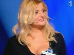 Blonde woman with reference to big juggs gives the audience an eyeful of their way melons and ass