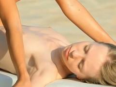 Despondent massage with phase