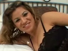 Tow-haired Latina milks a weasel words dry on their way face together with tits