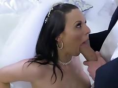 Cheating bride Simony Diamond loves anal